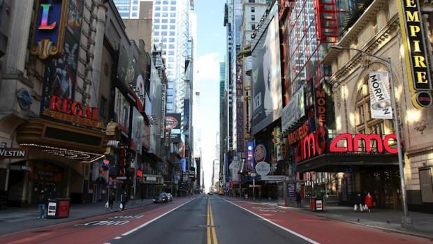 Resultado de imagen de Nueva York espera una caída de 300.000 turistas internacionales