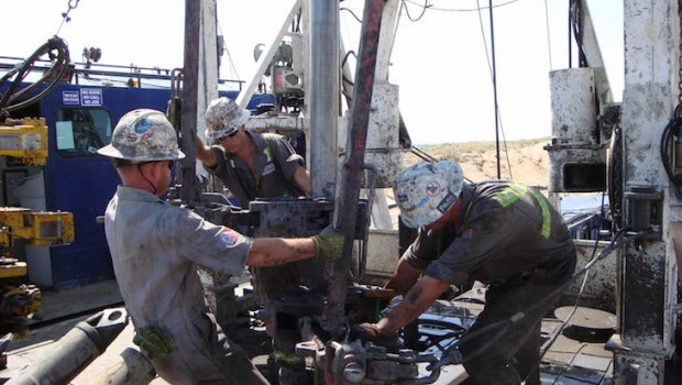 oil shale drilling roughnecks