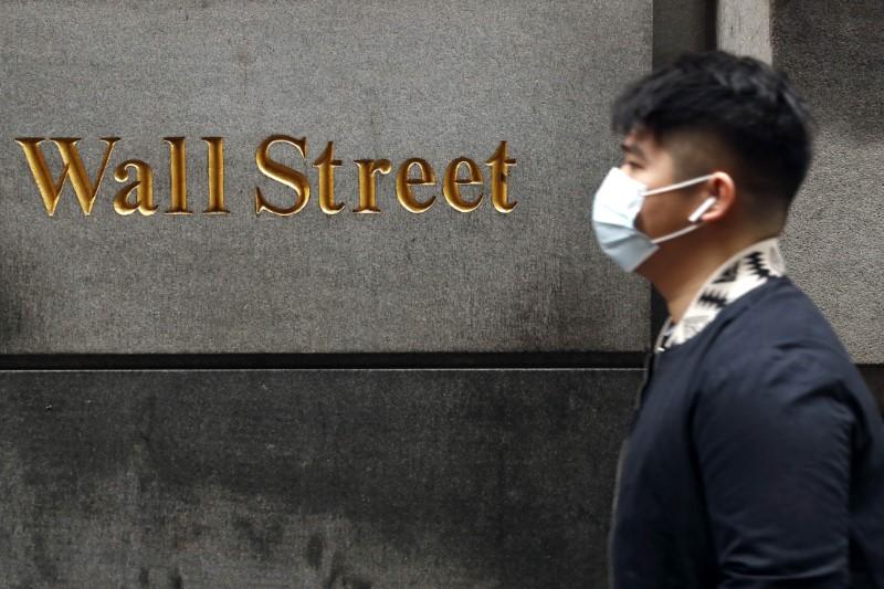Wall Street anticipa un leve rebote a la espera de las peticiones de desempleo en EEUU