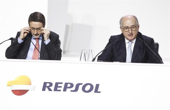 Repsol acelera en la venta de electricidad: su cartera crece un 8% en tres meses