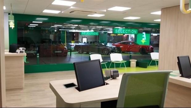 Econom a motor europcar espa a abre su primera 39 flagship 39 en el aeropuerto de palma de - Oficinas europcar madrid ...
