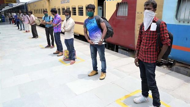 ep un grupo de trabajadores repatriados a india