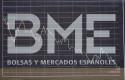 ep panel de bolsas y mercados espanoles bme en un grafico del interior del palacio de la bolsa de
