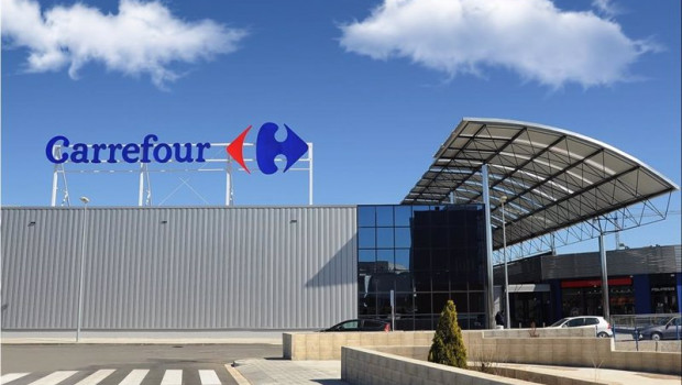 Carrefour staff anxious about Couche-Tard approach, union says