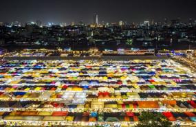 ep ratchada night market in thailand