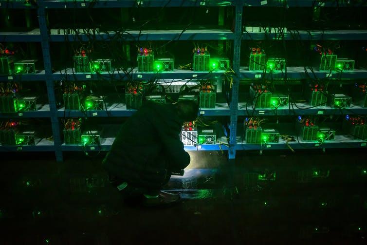 https://img6.s3wfg.com/web/img/images_uploaded/6/f/mina-bitcoin-china.jpg
