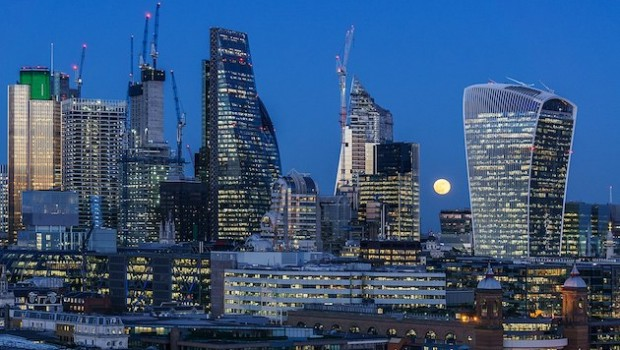 city london skyline moon
