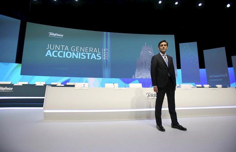 """Telefónica repatría 1.901 millones a España para """"mitigar"""" su riesgo en Latinoamérica"""