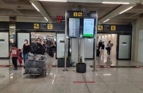 ep archivo   llegada de turistas al aeropuerto de palma