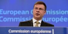 valdis-dombrovskis-reprend-le-portefeuille-du-commissaire-europeen-britannique-jonathan-hill