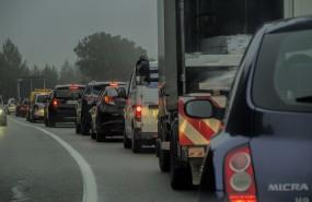atasco coche contaminacion