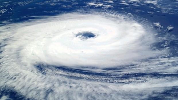 huracan ciclon tormenta