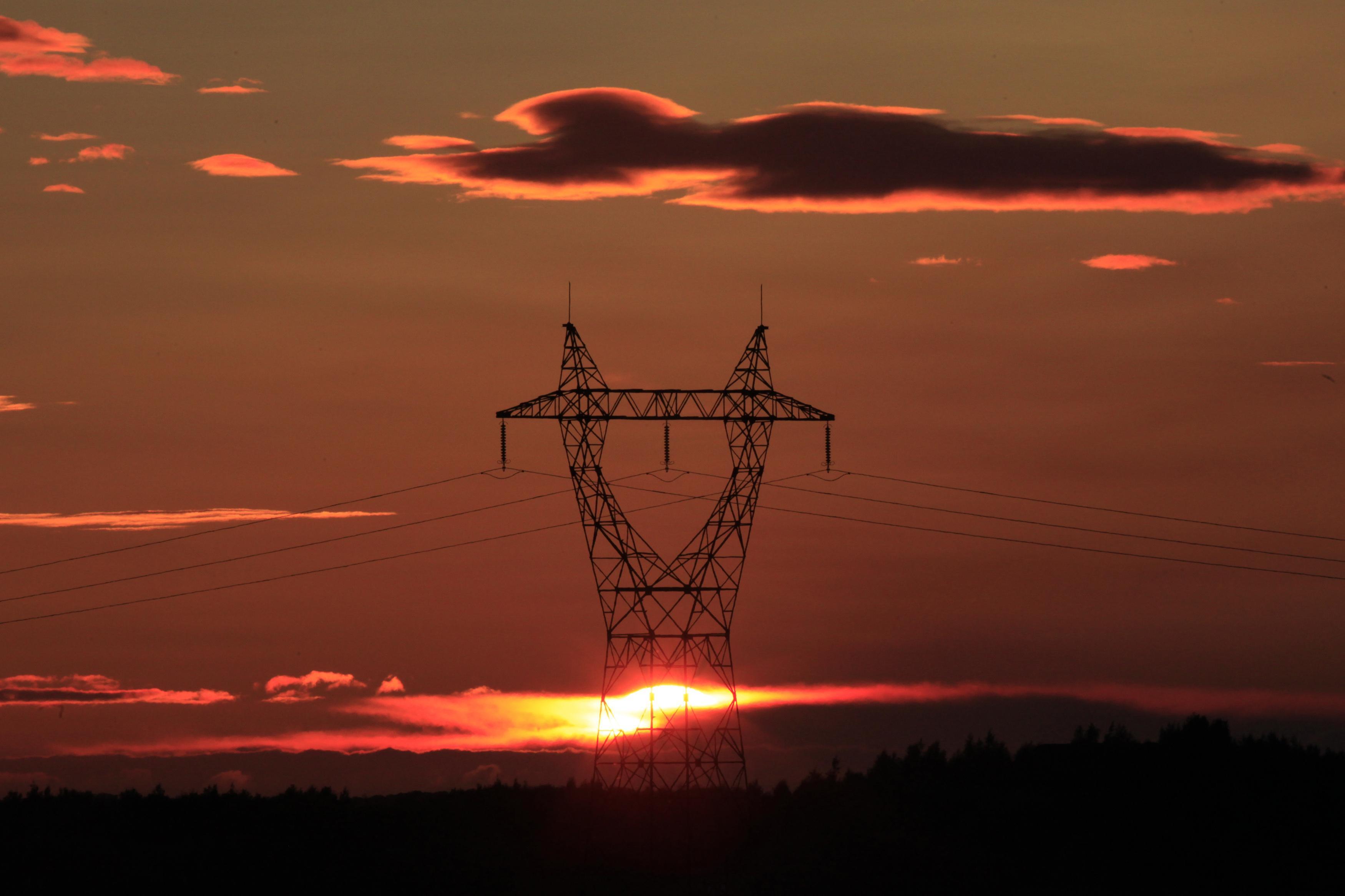 pylone-a-haute-tension