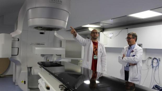 ep cataluna- hospital arnauvilanovalleida estrenaaceleradorradioterapia pagadoamancio ortega