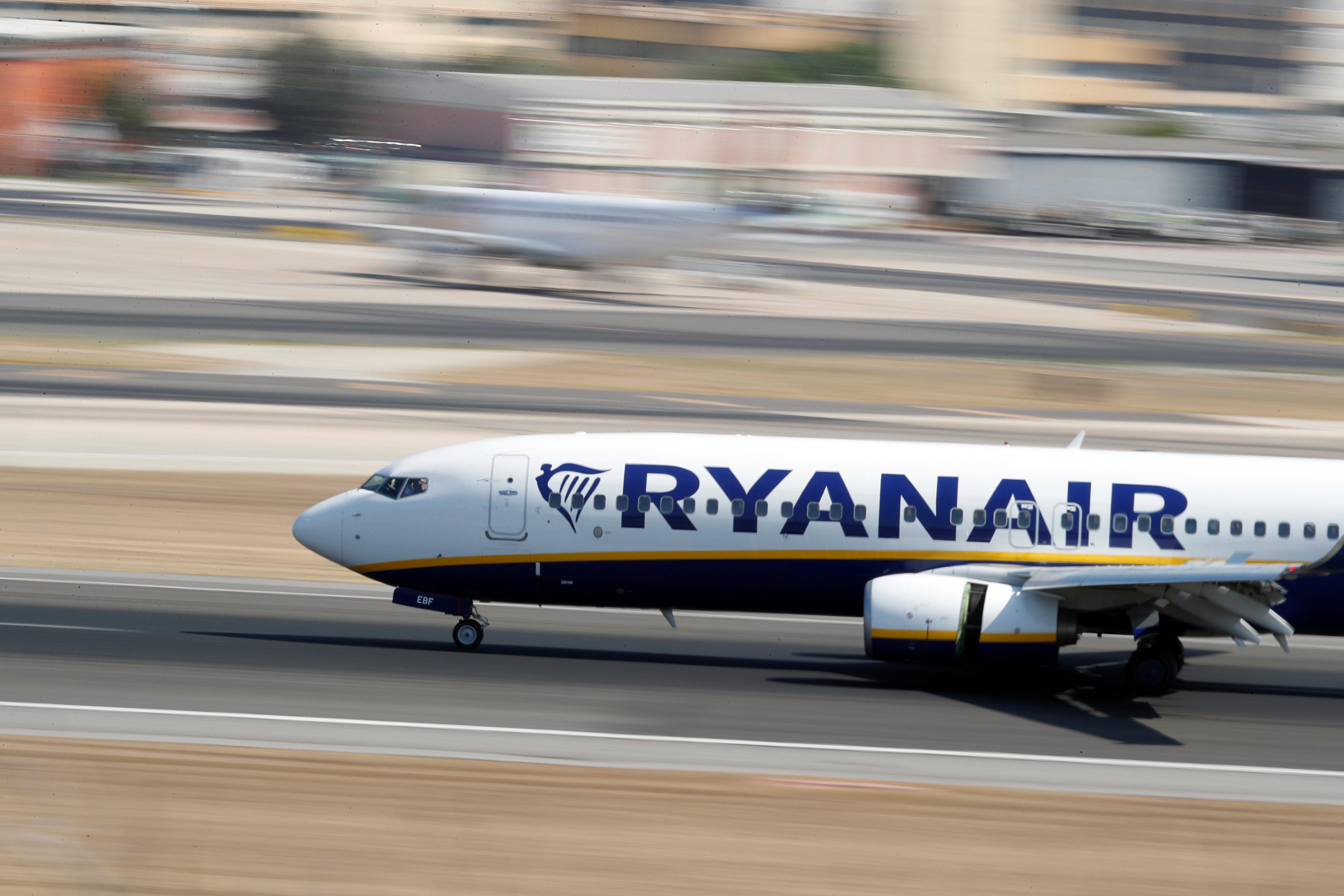 ryanair-en-benefice-superieur-aux-attentes-mais-exposee-aux-aleas-du-boeing-737-max