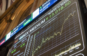 ep valores economicos en el palacio de la bolsa de madrid espana a 19 de febrero de 2021 el ibex 35