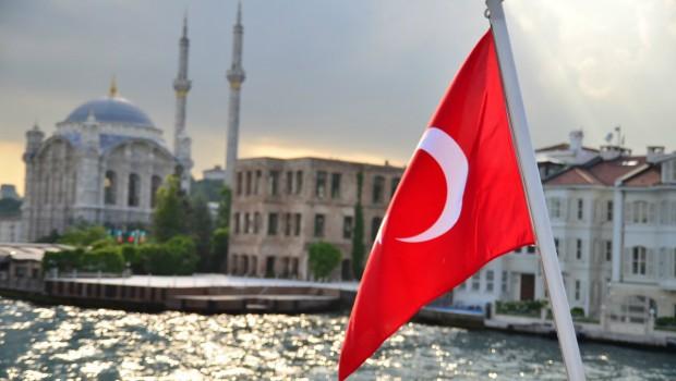 bandera-ortakoy-turquia-estambul