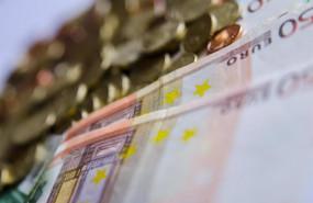ep archivo - el ministerio de hacienda ha hecho publico el deficit del conjunto de las
