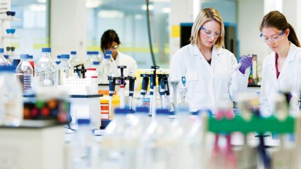 astrazeneca, cancer, laboratory