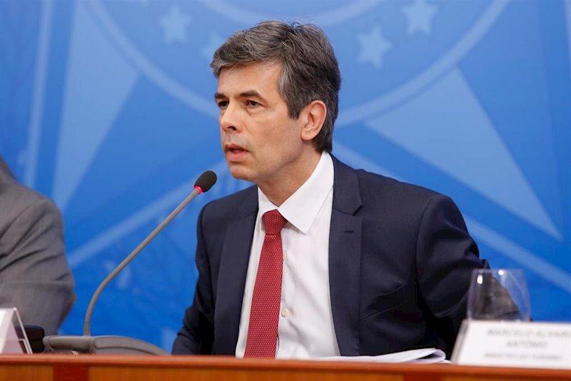 """Coronavirus.- El ex de Salud Nelson Teich confirma que dimitió por """"discordancias"""" con Bolsonaro sobre la cloroquina"""