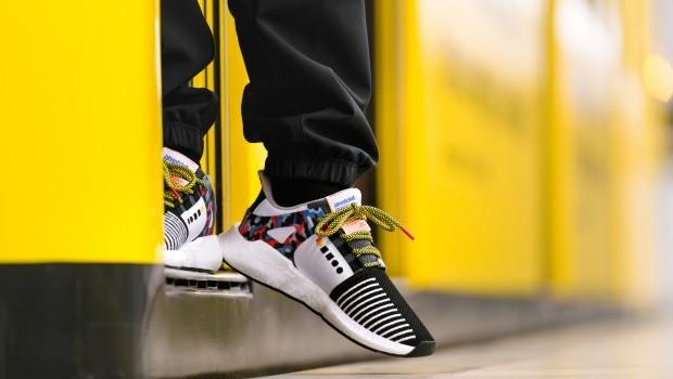 Furor en Berlín con unas zapatillas de Adidas que incorporan abono ... d01343134e8