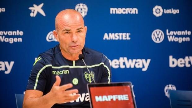 El entrenador del Levante Paco López@LEVANTEUD